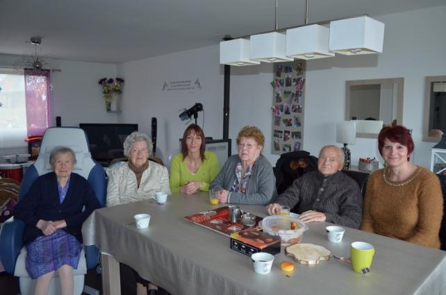 famile d'accueil , personnes âgées , bécourt , pas de calais