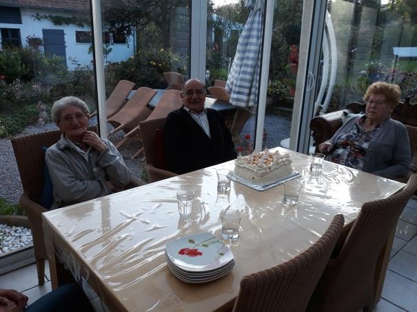 famille d'accueil , pas de calais , becourt , personnes âgées